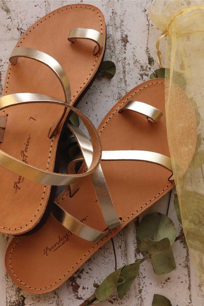 Sandale aurii cu talpa joasa FUNKY DAY